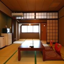 和室(スタンダード)のお部屋一例。昔ながらの和室です