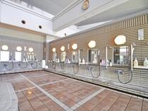 【大浴場】洗い場は10か所ございます
