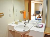【客室】洗面台(平家の宿 和室10畳)