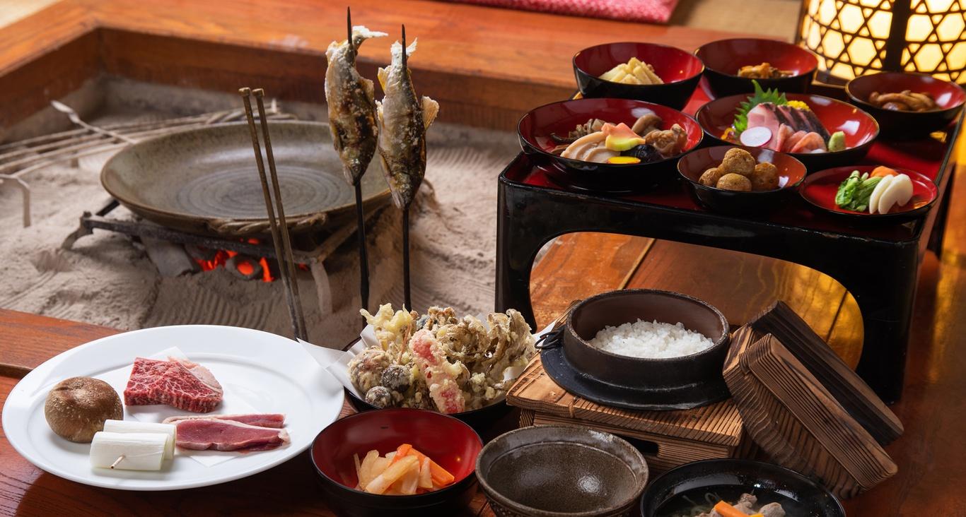 *ご夕食内容(一例)手作りの田舎料理を趣のある囲炉裏端で
