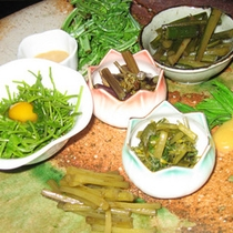 *山菜料理一例