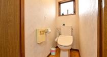 *共用トイレ/共用トイレが各階にあり全て洋式です。