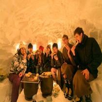*雪国体験/かまくらの中でお餅を焼いたり、外で花火をお楽しみください!