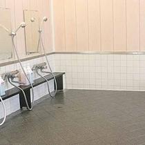 *【お風呂】「24時間」ご入浴頂け、真野湾も望めます!