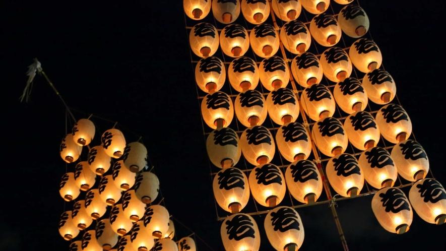 【秋田竿燈まつり】秋田の伝統行事で、みちのく三大夏祭りのひとつ!8月の目玉のひとつです。