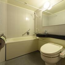 新館バス・トイレ