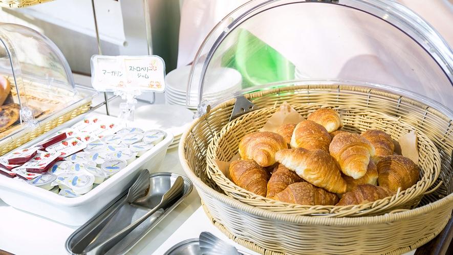 朝食(例)クロワッサン ※状況により提供方法が変わる場合がございます。