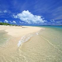 ホテルミヤヒラのプライベートビーチ カヤマ島