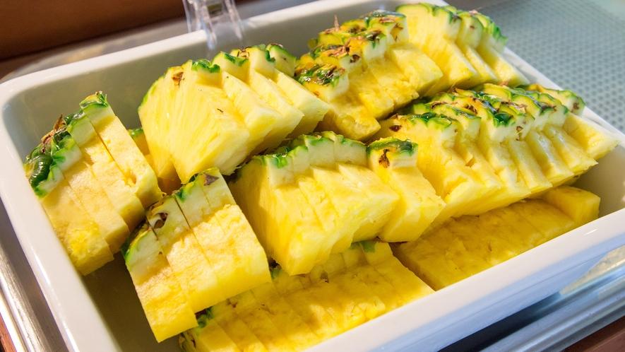 朝食(例)パイナップル ※状況により提供方法が変わる場合がございます。
