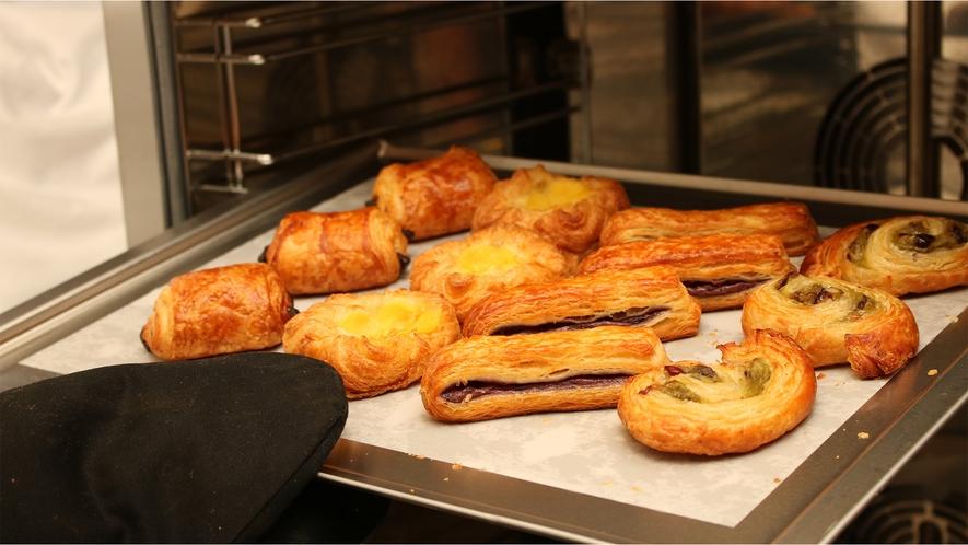 朝食(例)パン