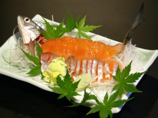 別注文! 十和田湖名産「ひめます」の刺身