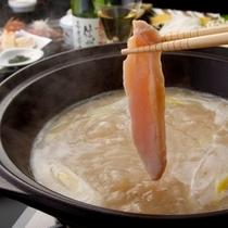 ■やわらかいのでお子様にもおすすめ♪信州ハーブ鶏を絶品スープで!