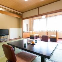 ■【別館・和室10畳】懐かしい雰囲気の広々としたお部屋です。