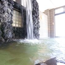 ■【大浴場(女性)】広々して湯船も数種類ございます。