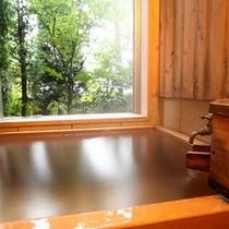 客室半露天風呂