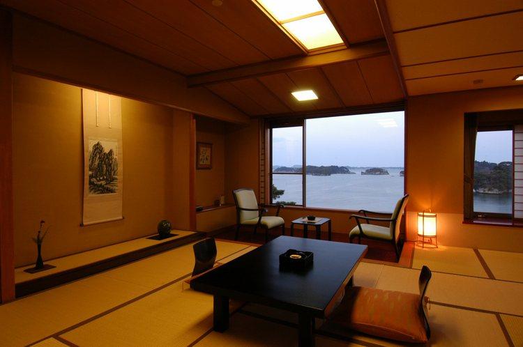 海の見える和室