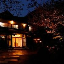 夜の玄関2