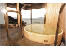 【貸切展望風呂】檜風呂 宝来の湯 ■当館の貸切露天風呂は全5種類。■