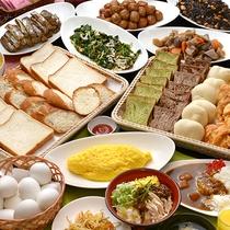 【朝食バイキング】鶏飯や特製カレー、焼きたてパン等をご用意