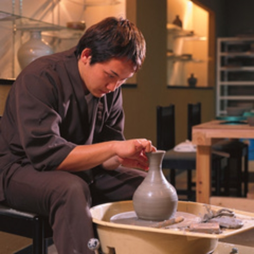 思い思いの作品が作れる陶芸教室