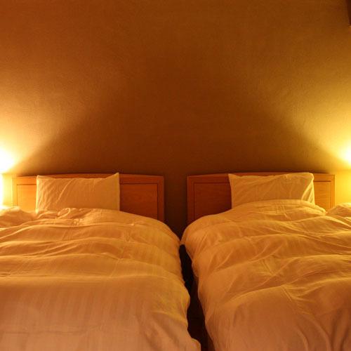 客室:和洋室 ベッド