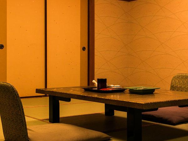 ◆和室(海側):お部屋からは有明海が望め、癒やしの休日をお過ごし頂けます。