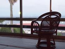 ◆和室(海側):足を伸ばして寛いで頂ける和室のお部屋。