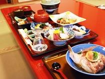 ◆地元で獲れた食材をふんだんに使った自慢のお料理です。