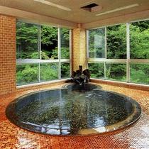 *【大浴場】天然温泉につかってのんびりとおくつろぎ下さい。