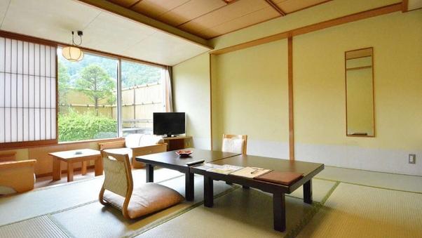 【 一般客室 】 和室10畳+広縁付き