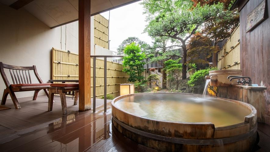 【庭園露天風呂付客室】露天風呂一例