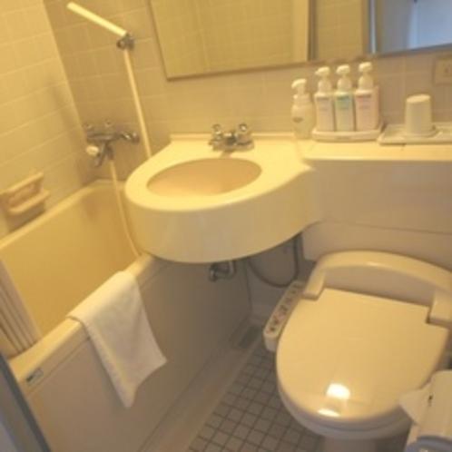 【ユニットバス】洗浄機付きトイレにシャワールームです。