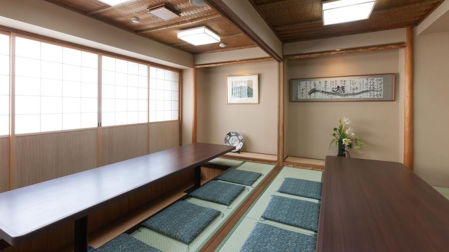 掘りごたつ式の個室「東濱」