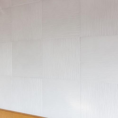 客室の壁材「エコカラット」※一部の部屋で採用しています