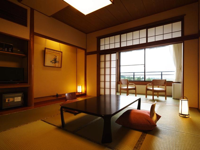 旧タイプのお部屋◆10畳+広縁(37平米)