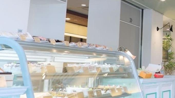 【秋冬旅セール】館内1Fの惣菜とSweetsのお店Decoで生ビール&おつまみ付◆朝食付プラン