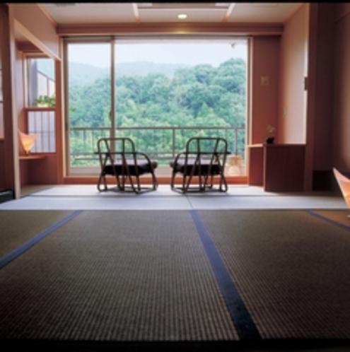 大阪から車で30分、短い移動時間で自然に囲まれた静な時間をお過ごしください。
