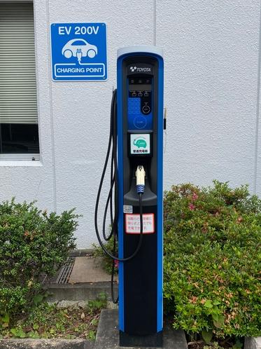 電気自動車用充電器