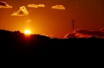 石山荘から見える夕日です。