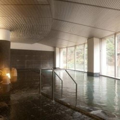 【大浴場】宇奈月温泉は化粧品にも含まれるメタケイ酸の割合がが多く、美肌効果が期待されます。