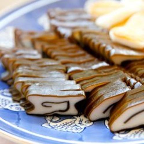 【朝食バイキング】富山名産「昆布蒲鉾」。昆布の旨味と魚のすり身の絶妙なコンビネーション