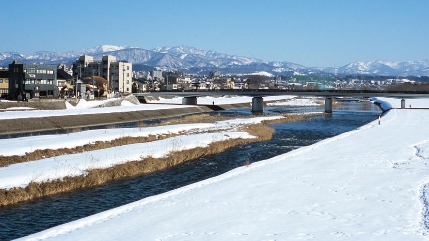犀川(冬の様子)(写真提供:金沢市)