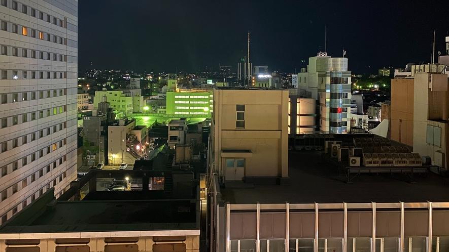 客室から見た片町繁華街の夜景