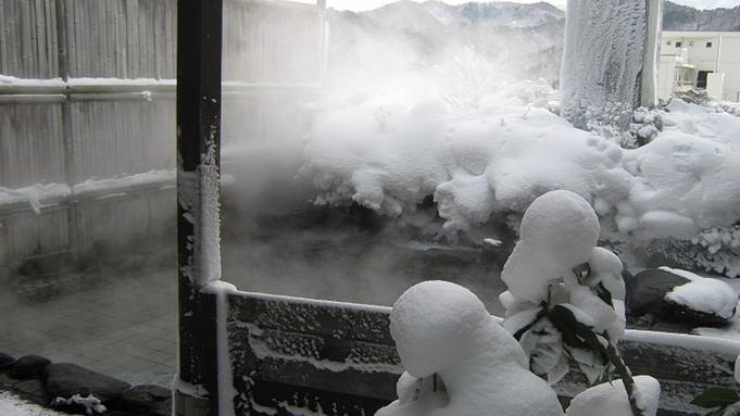 【禁煙】料理長厳選の豪華料理に舌鼓♪行く年来る年初夢プラン【会場食】