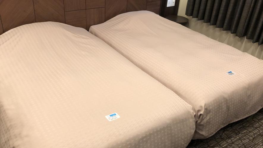 抗菌ベッドカバー装備(デラックスツインルーム)