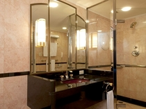 プチスイートルーム(40平米)バスルーム シャワーブース付