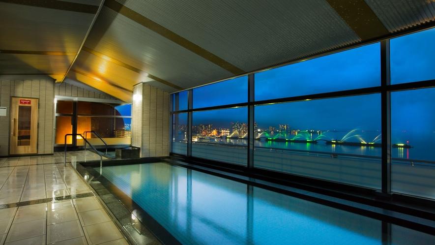 温泉大浴場からの夜景 イメージ