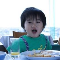 最上階展望バイキング朝食は子供も満足