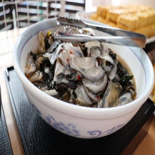 【朝食ブッフェ】氷頭とワカメのポン酢あえ