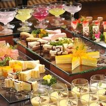 ★デザートはベツバラ★色とりどりの可愛く美味しいデザート♪(ディナーバイキング)